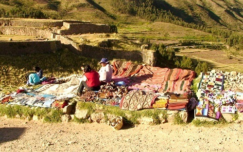 life-and-culture-in-cusco-and-andes-in-peru.jpg